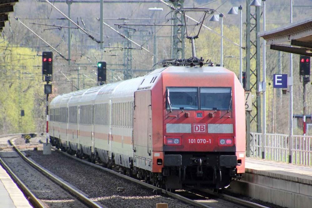 deutsche-bahn-intercity-train